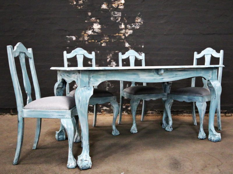 Blue Ball and Claw Dining Room Set