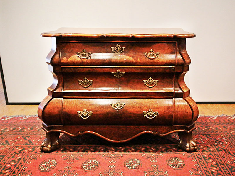Antique & Vintage Furniture For Sale