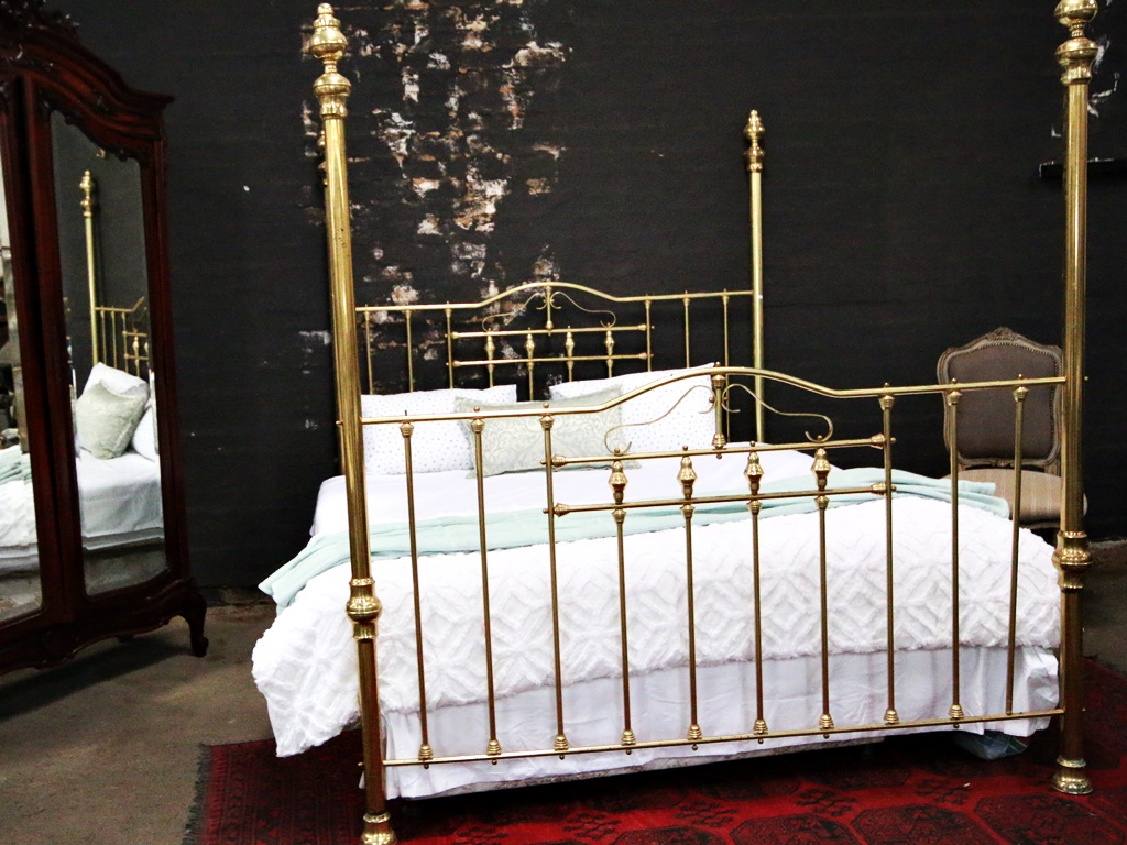 20th Century Queen Size Four Poster Brass Bed Kings Queens Antiques