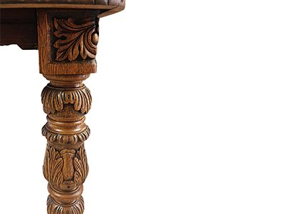 Victorian Oak Dining Table - Close Up 02