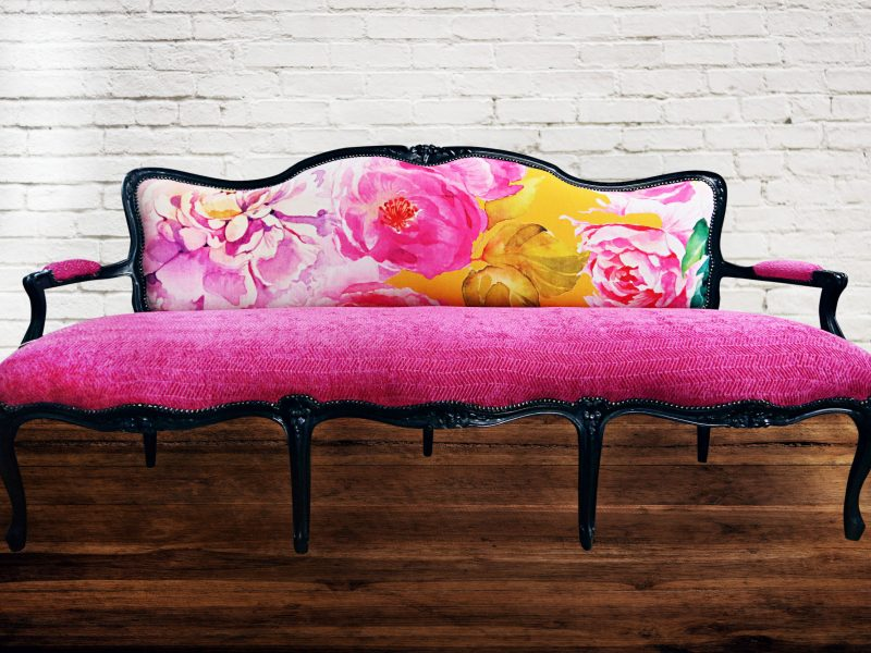 Pink-Settee