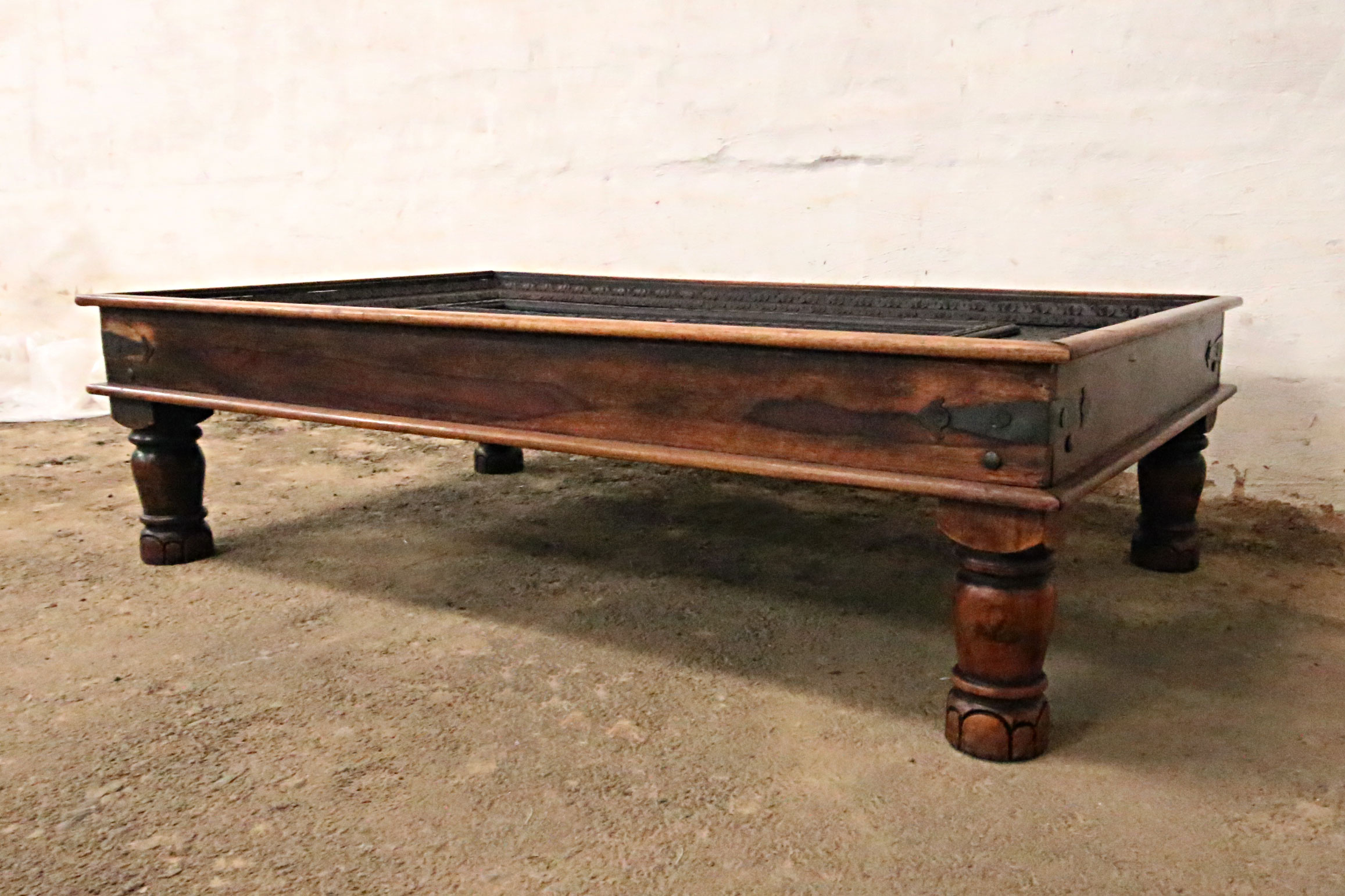 Indian Coffee Table with Glass Top - Kings & Queens ...